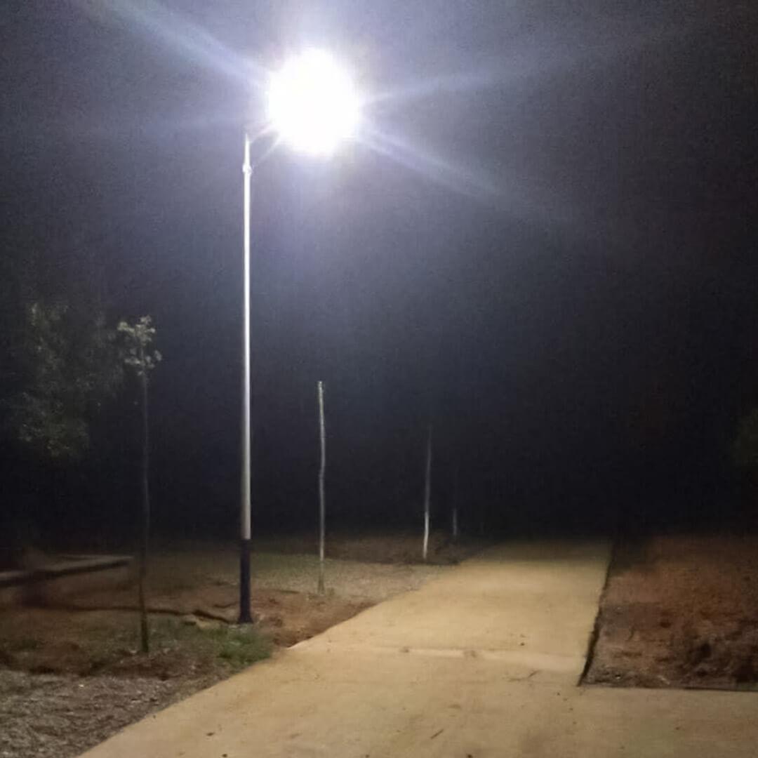 2cay solar Integrated Solar 100 watt Streetlight