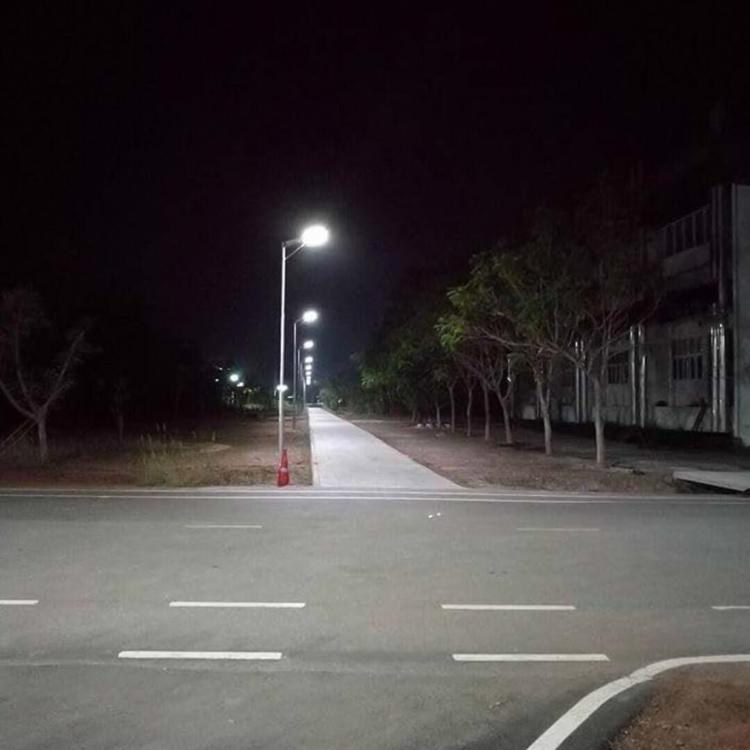 2cay solar Integrated Solar 80 watt Streetlight
